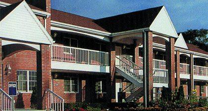 Clipper Ship Inn