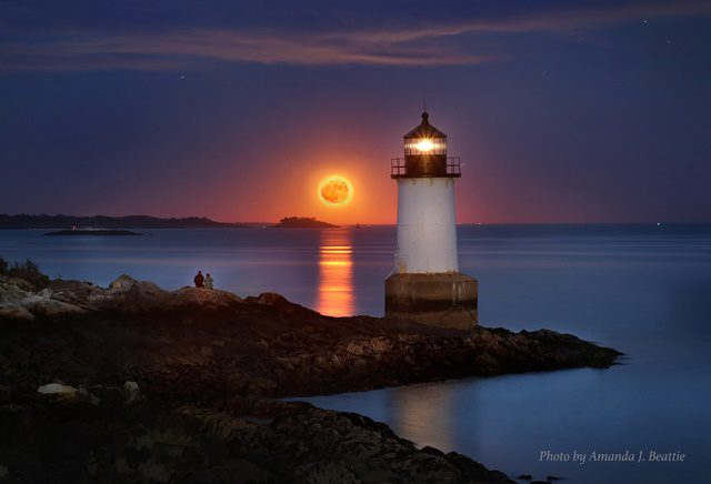 Pickering Light Salem MA Photo by Amanda Beattie